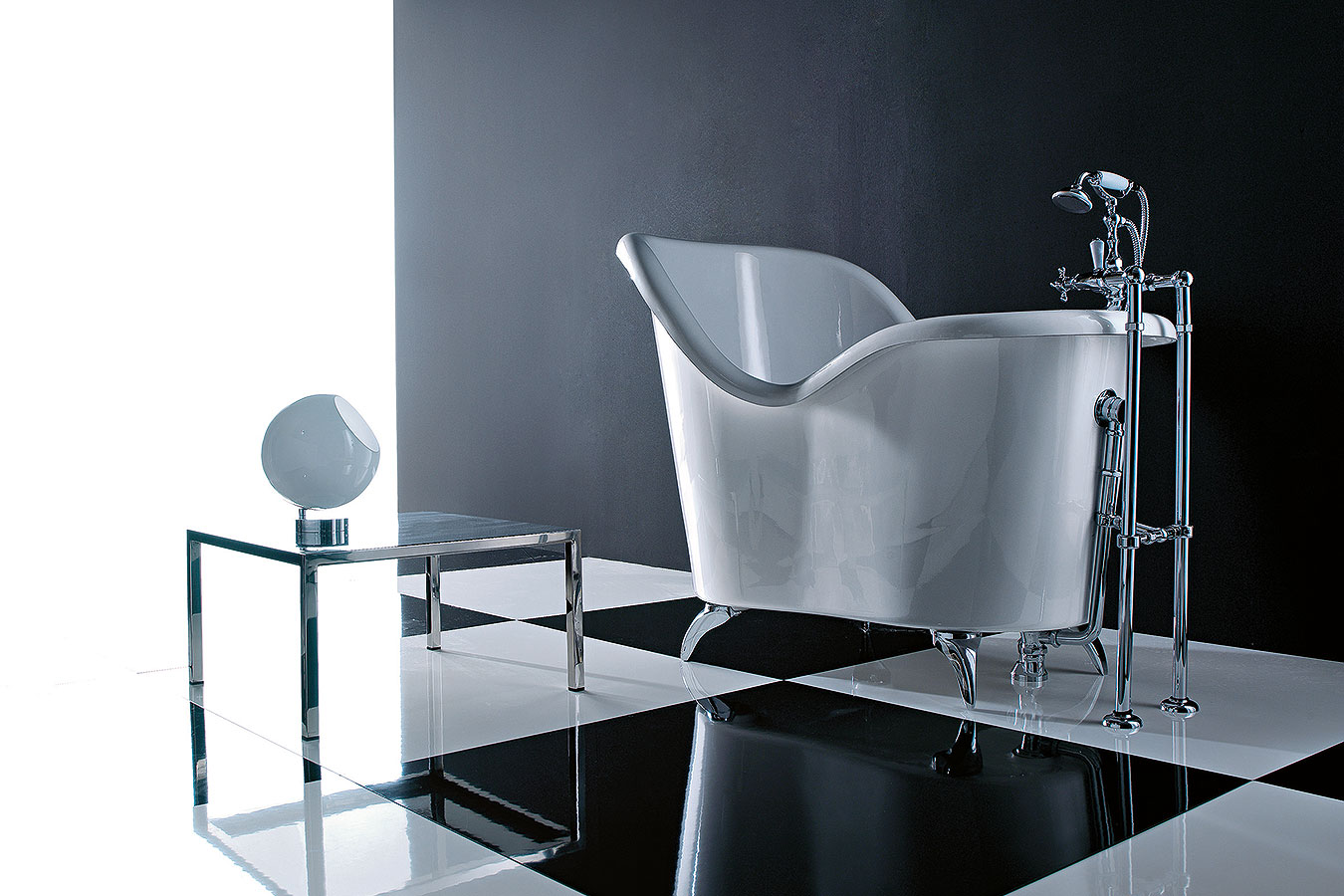 Vasca Da Bagno Con Piedi Prezzi : Treesse vasche vasche da bagno edilceramiche di maccanò