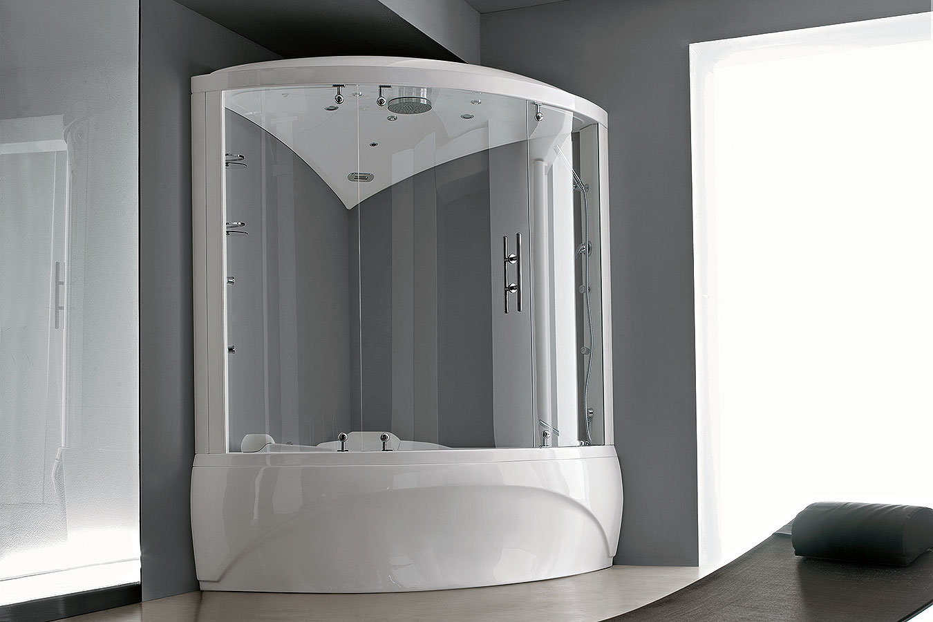 Vasche Da Bagno Teuco Angolari : Vasche da bagno piccole dimensioni con seduta doccia modelli